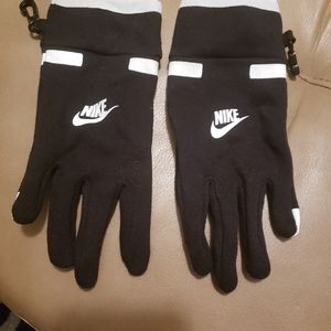 NIKE BLACK/WHITE TOUCH TIP GLOVES